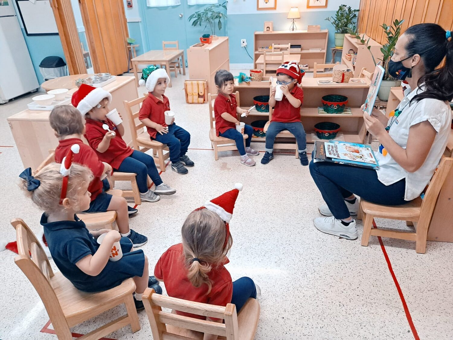 Children singing christmas songs